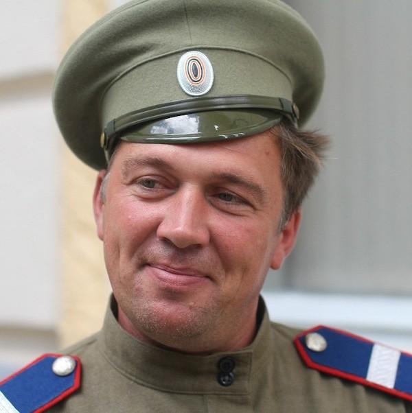 Юрий Щербаков Далеко проходит слава